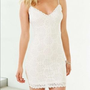 Worn once UO lace cream bodycon dress